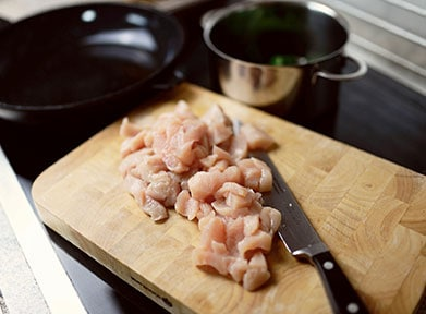 raw chicken from can