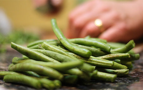 Cooked green beans for cats and kittens